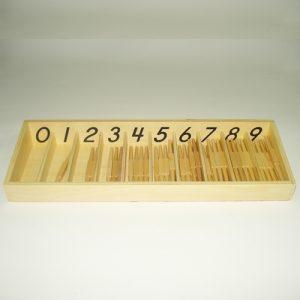 giáo cụ toán học Montessori - hộp 45 que tính - http://thientainhi.com/danh-muc-giao-cu-toan-hoc-montessori/