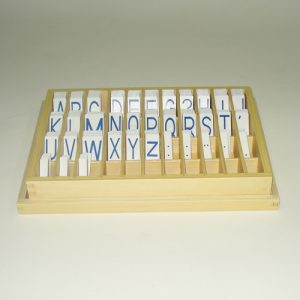 giáo cụ ngôn ngữ Montessori - bộ chữ cái in